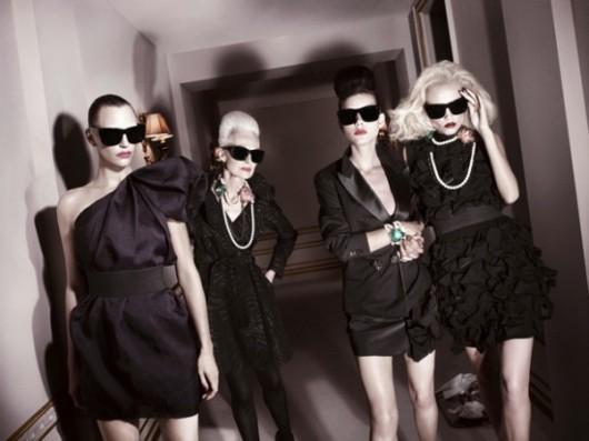 vestidas de negro