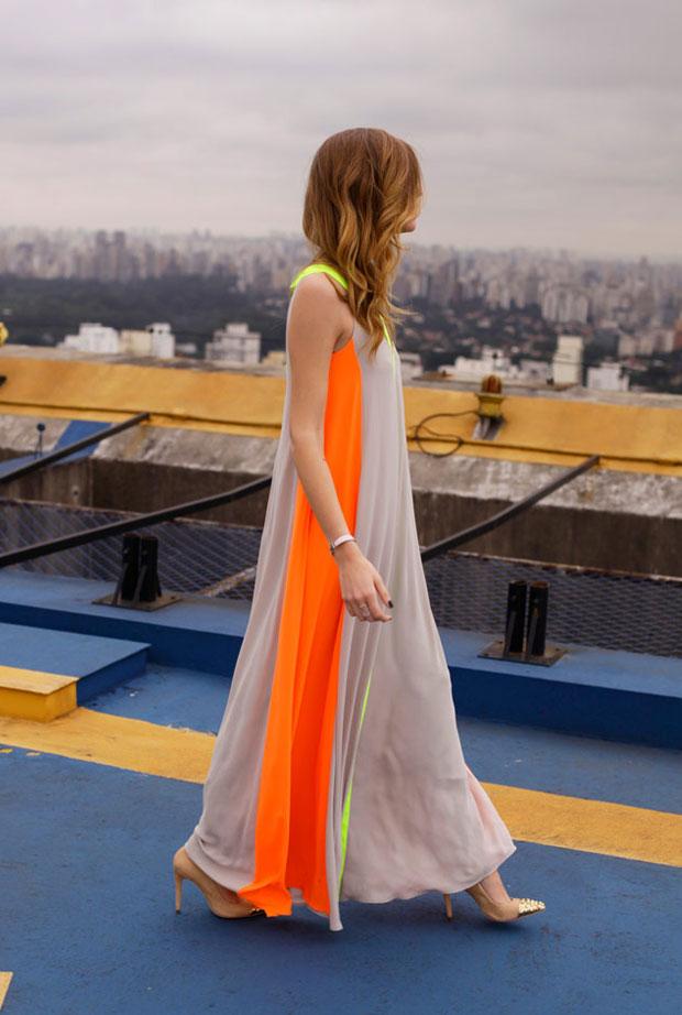 vestido largo neon