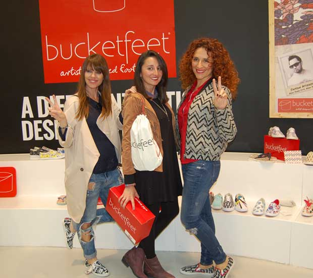 bucketfeet bag