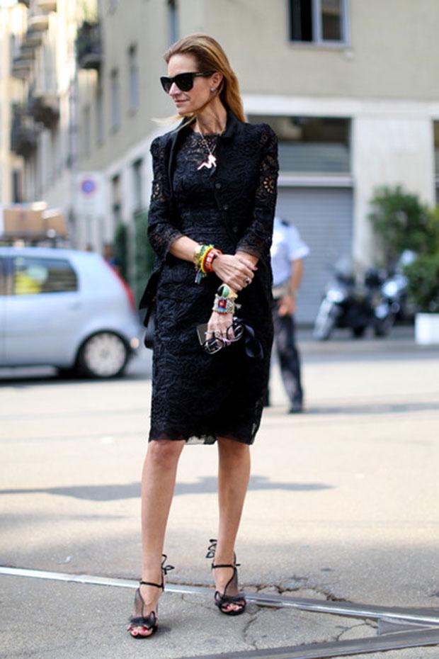 vestido de encaje en negro