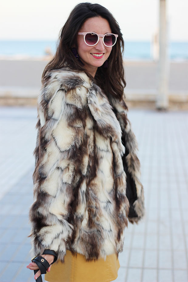 falda-mostaza-de-zara